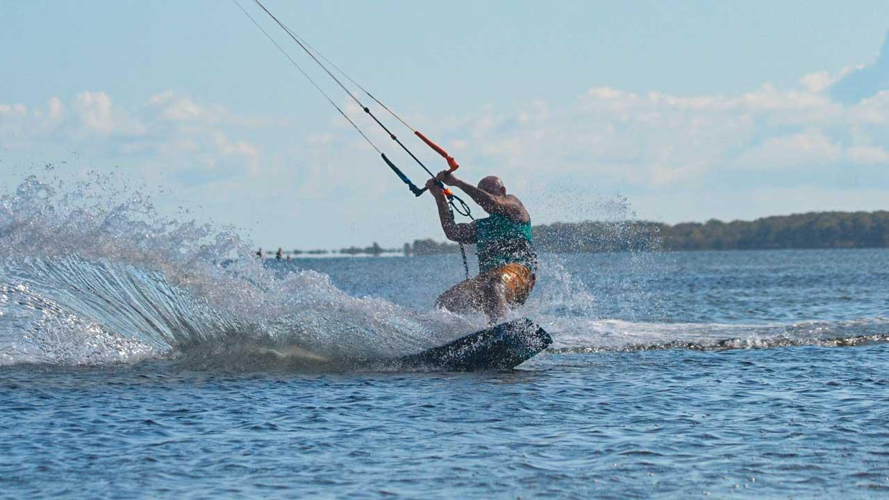 Lezioni avanzate di kitesurf Stagnone